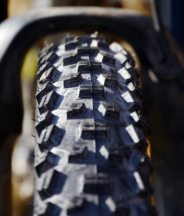 Schwalbe Nobby Nic 2.35 650b Snakeskin Review